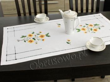 Ręcznie haftowany bieżnik lniany 50x100 (HM77)