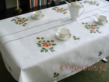 Obrus haft ręczny Róża Herbaciana