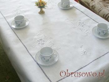 """Obrus haftowany ręcznie """"Róża Makowska"""" 250"""