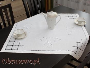 Serweta haftowana ręcznie 80x80 (HM20)