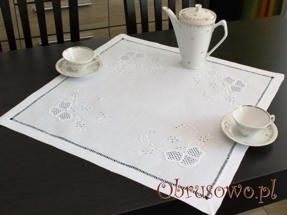 Serweta haftowana ręcznie 60x60 (HM20)