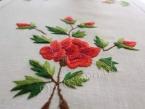 """Ręcznie haftowany bieżnik """"Czerwone Róże"""" 40x120"""