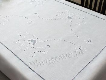 Obrus Makowski 140x220 haftowany ręcznie