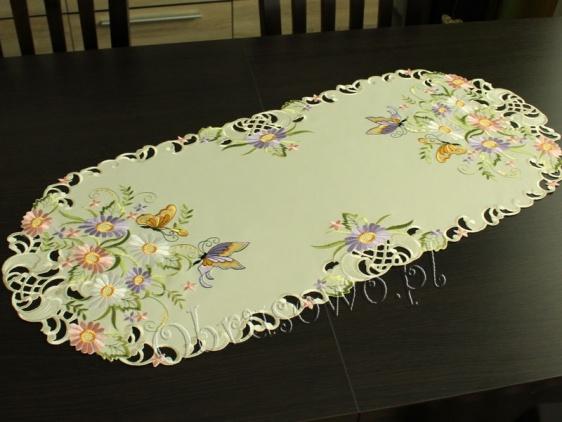 """Bieżnik haftowany 40x90 """"Motyle na kwiatach"""""""