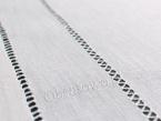 Serweta haftowana ręcznie 90x90 cm.