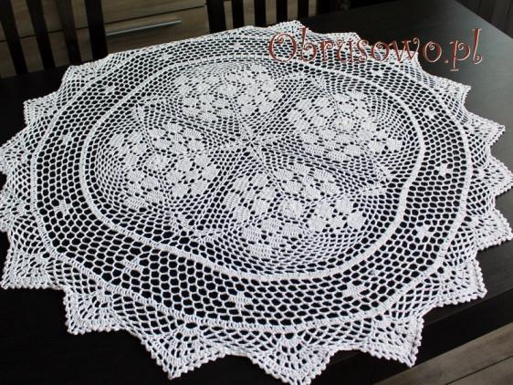 Okrągłą serweta szydełkowa Ø 85 biała