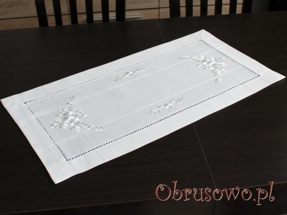 Elegancka serweta haftowana 35x70